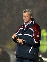 Photo: Mark Stephenson/Richard Lane Photography.<br /> Watford v Charlton Althetic. Coca Cola Championship. 19/01/2008. Chalton's manager Alan Pardew