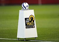 Fotball<br /> 19.09.2012<br /> EM-kvalifisering kvinner<br /> UEFA Women's EURO 2013 qualifying match<br /> Norge v Island<br /> Norway v Iceland<br /> Foto: Morten Olsen, Digitalsport<br /> <br /> Hand shake for peace