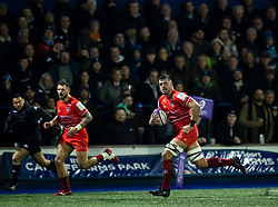 Jordan Coghlan of Leicester Tigers breaks to score<br /> <br /> Photographer Simon King/Replay Images<br /> <br /> European Rugby Challenge Cup Round 2 - Cardiff Blues v Leicester Tigers - Saturday 23rd November 2019 - Cardiff Arms Park - Cardiff<br /> <br /> World Copyright © Replay Images . All rights reserved. info@replayimages.co.uk - http://replayimages.co.uk