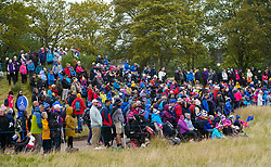 Auchterarder, Scotland, UK. 14 September 2019. Saturday afternoon Fourballs matches  at 2019 Solheim Cup on Centenary Course at Gleneagles. Pictured; Crowds of spectators surround the 10th green. Iain Masterton/Alamy Live News
