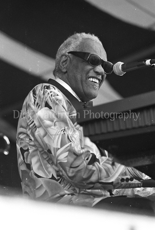 Ray Charles, New Orleans Jazz and Heritage Festival 1997