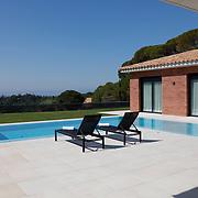 Modern Pool 1152