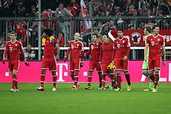 30.11.2013, Allianz Arena, Muenchen, GER, 1. FBL, FC Bayern München vs Eintracht Braunschweig, 14. Runde, im Bild Schlussjubel, freude, bejubelt, emotionen, feier, jubelnd, jubeln, freuen, applaudieren, Applaus, applaudiert, Emotion, Ehrenrunde, l-r: Toni KROOS #39 (FC Bayern Muenchen), DANTE #4 (FC Bayern Muenchen), Arjen ROBBEN #10 (FC Bayern Muenchen), Thiago ALCANTARA #6 (FC Bayern Muenchen), Mario GOETZE #19 (FC Bayern Muenchen), Javi MARTINEZ #8 (FC Bayern Muenchen), Manuel NEUER #1 (FC Bayern Muenchen), Daniel VAN BUYTEN #5 (FC Bayern Muenchen) // during the German Bundesliga 14th round match between FC Bayern München vs Eintracht Braunschweig at the Allianz Arena in Muenchen, Germany on 2013/11/30. EXPA Pictures © 2013, PhotoCredit: EXPA/ Eibner-Pressefoto/ Kolbert<br /> <br /> *****ATTENTION - OUT of GER*****