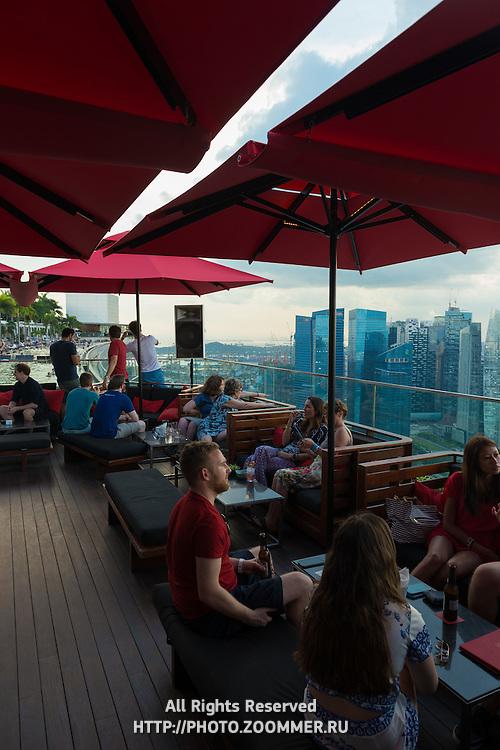 Ce La Vi Bar Lounge on 57 level Of Marina Bay Sands Hotel, Skypark, Singapore