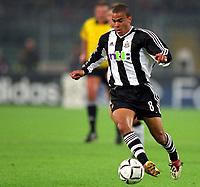Fotball. UEFA Champions League. 01.10.2002.<br /> Juventus v Newcastle.<br /> Kieron Dyer, Newcastle.<br /> Foto: Jean-Marie Hervio, Digitalsport