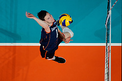 21-09-2019 NED: EC Volleyball 2019 Netherlands - Germany, Apeldoorn<br /> 1/8 final EC Volleyball / Just Dronkers #6 of Netherlands