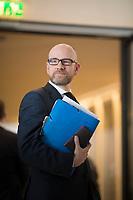 DEU, Deutschland, Germany, Berlin, 14.02.2017: CDU-Generalsekretär Dr. Peter Tauber vor Beginn der Fraktionssitzung der CDU/CSU im Deutschen Bundestag.