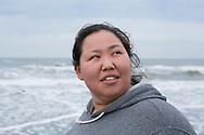 Alice Attatayuk Kakoona på stranden i Shishmaref. Alaska, USA<br /> <br /> Fotograf: Christina Sjögren<br /> <br /> Photographer: Christina Sjogren<br /> Copyright 2018, All Rights Reserved