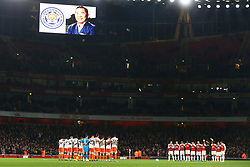 October 31, 2018 - London, England, United Kingdom - London, UK, 31 October, 2018.Players observe a minutes silence for The Leicester owner Vichai Srivaddhanaprabha .During Carabao Cup fourth Round between Arsenal and Blackpool at Emirates stadium , London, England on 31 Oct 2018. (Credit Image: © Action Foto Sport/NurPhoto via ZUMA Press)