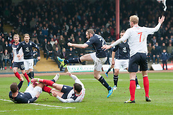 Dundee's Beatie misses a first half chance.<br /> Dundee 0 v 1 Falkirk, Scottish Championship game played today at Dundee's Dens Park.<br /> © Michael Schofield.