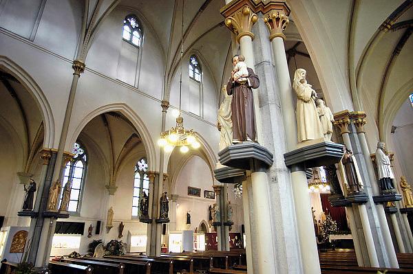 Nederland, Kranenburg, 10-8-2012Voormalige Antonius kerk uit 1865 sinds 1999 in gebruik als museum voor heiligenbeelden. De kerk is ontworpen door architect PJ Cuypers.Foto: Flip Franssen/Hollandse Hoogte
