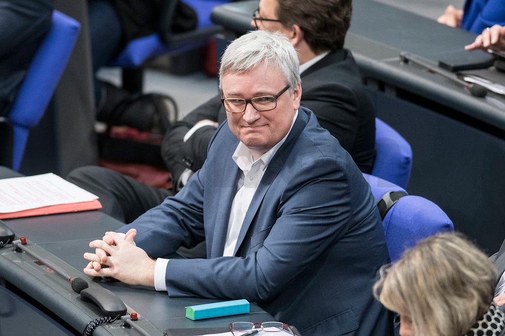 14 FEB 2019, BERLIN/GERMANY:<br /> Soenke Rix, mdB, SPD, Bundestagsdebatte, Plenum, Deutscher Bundestag<br /> IMAGE: 20190214-01-012<br /> KEYWORDS: Bundestag, Debatte, Sönke Rix