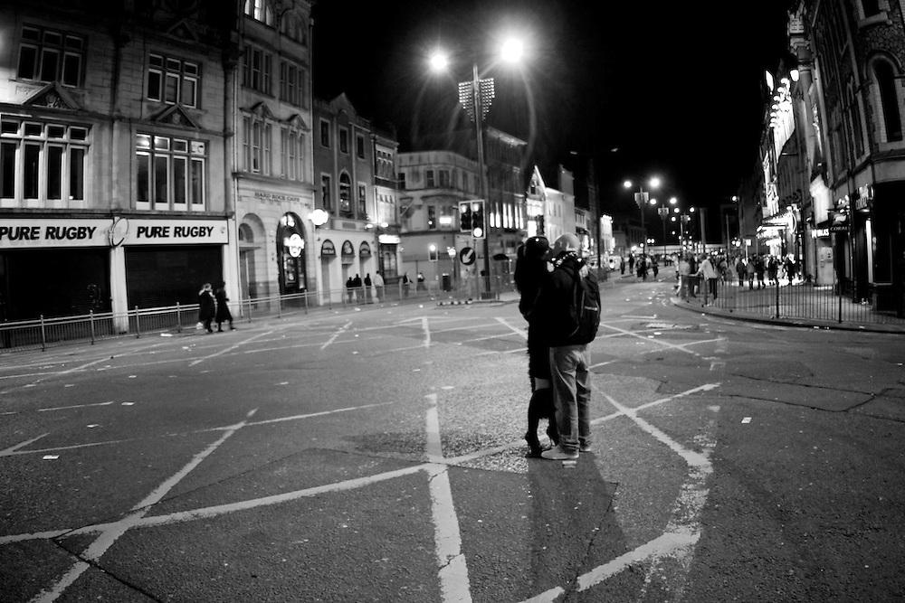 Cardiff, UK. Late night street kissers.