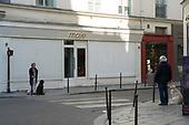 Dogs Isolation Coronavirus Paris