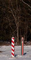 16.03.2013 wies Jurowlany woj podlaskie N/z slupy granicze na granicy polsko-bialoruskiej fot Michal Kosc / AGENCJA WSCHOD
