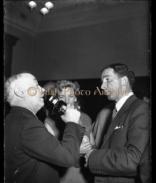 Jimmy O'Dea, ..A423 -9183.. Jimmy O'Dea. 1957 03:07