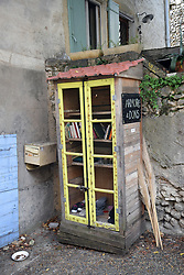 Book swap and items for free, Southern France 2021