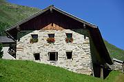 Alpine transhumance (Obere Seebachalm) in the Defereggen Valley. High Tauern National Park (Nationalpark Hohe Tauern), Central Eastern Alps, Austria | Obere Seebachalm am Ende des Osttiroler Defereggentals. Nationalpark Hohe Tauern, Osttirol in Österreich