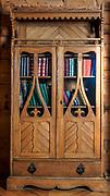 """Biblioteczka, wnętrze willi """"Koliba"""", Zakopane"""