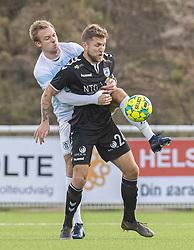 Jonas Henriksen (FC Helsingør) og Denis Fazlagic (Kolding IF) under kampen i 1. Division mellem FC Helsingør og Kolding IF den 24. oktober 2020 på Helsingør Stadion (Foto: Claus Birch).