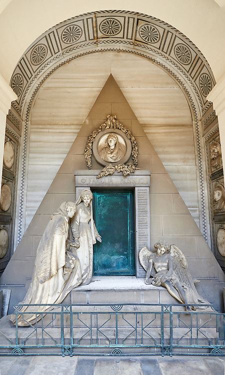 Picture and image of the stone sculpture of 2 mourning sisters at the door of their mothers pyramid shaped tomb, The Rossi Tomb sculpted by G Benetti in 1878. Section D, no 24, The monumental tombs of the Staglieno Monumental Cemetery, Genoa, Italy .<br /> <br /> Visit our ITALY PHOTO COLLECTION for more   photos of Italy to download or buy as prints https://funkystock.photoshelter.com/gallery-collection/2b-Pictures-Images-of-Italy-Photos-of-Italian-Historic-Landmark-Sites/C0000qxA2zGFjd_k<br /> If you prefer to buy from our ALAMY PHOTO LIBRARY  Collection visit : https://www.alamy.com/portfolio/paul-williams-funkystock/camposanto-di-staglieno-cemetery-genoa.html