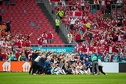 AMSTERDAM, THE NETHERLANDS - Saturday, June 26, 2021: Denmark players celebrate after the UEFA Euro 2020 Round of 16 match between Wales and Denmark at the  Amsterdam Arena. Denmark won 4-0. (Photo by David Rawcliffe/Propaganda)