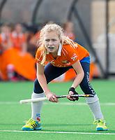 BLOEMENDAAL - hockey - Competitie Landelijk meisjes : Bloemendaal MB1-Den Bosch MB1 (1-1). Lilli de Nooijer van Bloemendaal. COPYRIGHT KOEN SUYK