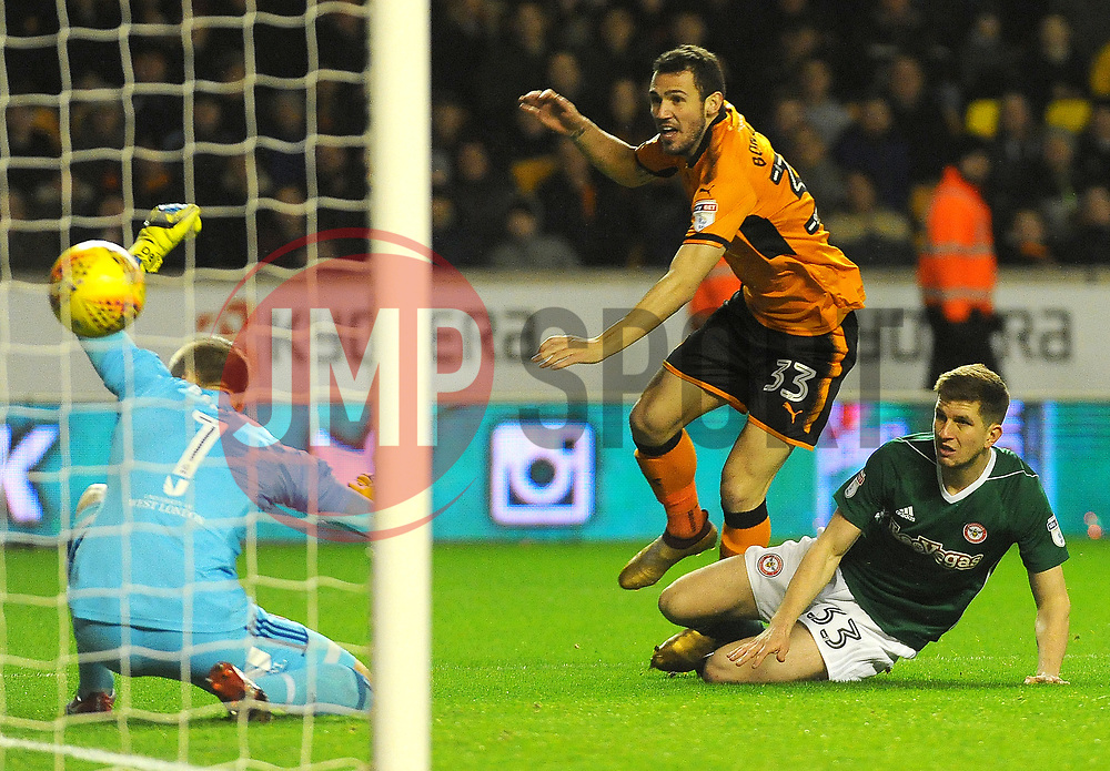 Leo Bonatini of Wolverhampton Wanderers's shot is saved by Daniel Bentley of Brentford-Mandatory by-line: Nizaam Jones/JMP - 02/01/2018 - FOOTBALL - Molineux - Wolverhampton, England- Wolverhampton Wanderers v Brentford -Sky Bet Championship