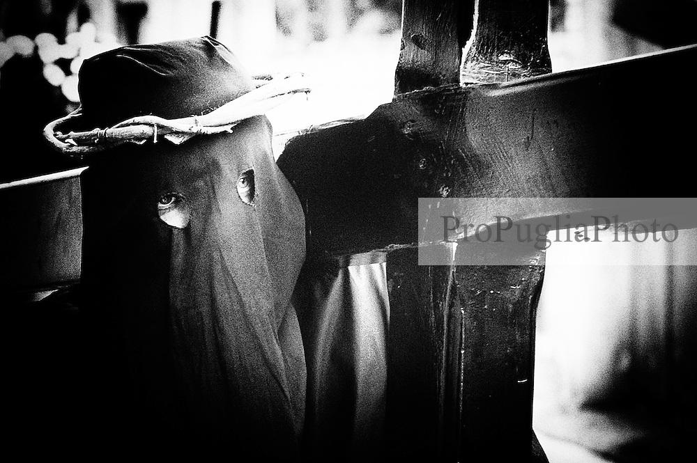 Noicattaro. Sabato Santo. Processione dei misteri.