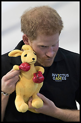 September 22, 2017 - Toronto, Canada - Image licensed to i-Images Picture Agency. 22/09/2017. Toronto, Canada . Prince Harry with a cuddly toy kangaroo as he talks to Australian swimming competitors during a training session in Toronto, Canada on the eve of the start of the  Invictus Games. Picture by Pool / i-Images UK OUT FOR 28 DAYS (Credit Image: © Pool/i-Images via ZUMA Press)