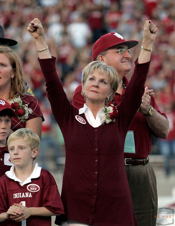 01 September 2007: Jane Hoeppner, wife of former Indaina coach Terry Hoeppner before the Indiana Hoosiers played the Indiana State Sycamores in a college football game in Bloomington, Ind. Indiana won 55-7.