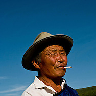Mongolia. CHANCE. MODEL AGENCY fashion and casting in the steppe in Hundlun bulag with a family of cattle breeder,  near  Ulanbaatar -  / mode et Casting dans la steppe agence CHANCE. famille d eleveurs, a  HUNDLUN bulag   oulan Bator - Mongolie avec narantuya/
