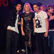 NLD/Rotterdam/20101003 - Uitreiking Edison Popprijzen 2010, Pr. Maxima met Kane, Dennis van Leeuwen en Dinand Woesthoff