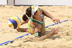 16-07-2014 NED: FIVB Grand Slam Beach Volleybal, Apeldoorn<br /> Poule fase groep G vrouwen - Barbara Seixas De Freitas (2) BRA