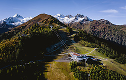 THEMENBILD - 3K Talstation der Seilbahnverbindung Kaprun-Maiskogel-Kitzsteinhorn, aufgenommen am 11. Oktober 2019, Kaprun, Österreich // 3K valley station of the cable car connection Kaprun-Maiskogel-Kitzsteinhorn on 2019/10/11, Kaprun, Austria. EXPA Pictures © 2019, PhotoCredit: EXPA/ JFK