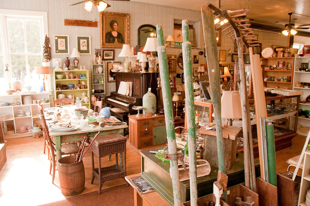 Sherwood Forest Antiques in Blaney Park Michigan.