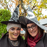 REPRO FREE<br /> Ellen Maria and Roisin Glavin from Kinsale pictured at the Kinsale Halloween Parade.<br /> Picture. John Allen