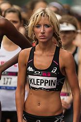 Lauren Kleppin at start line of NYRR Oakley Mini 10K for Women