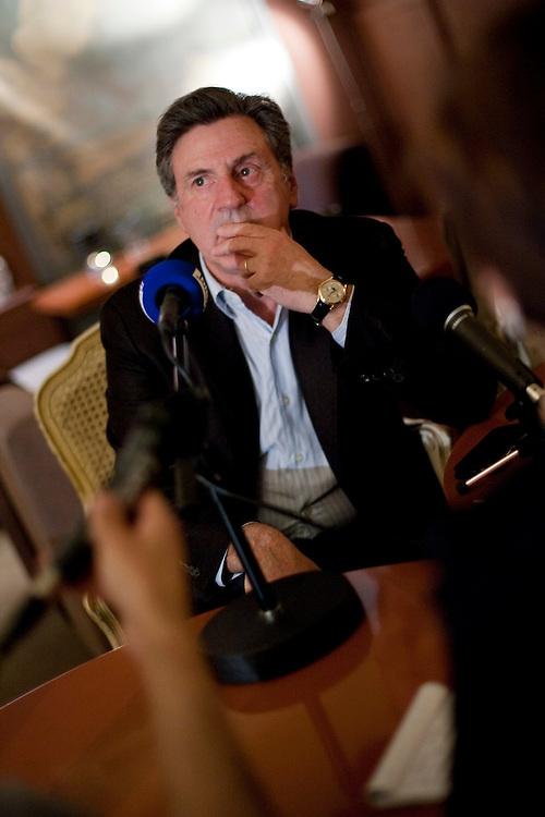 """DANIEL AUTEUIL.Conférence de presse avec Daniel Auteuil pour la sortie de son nouveau film en temps que réalisateur.""""La fille du puisatier"""".(Photo by Arnold Jerocki/ArtComArt)"""