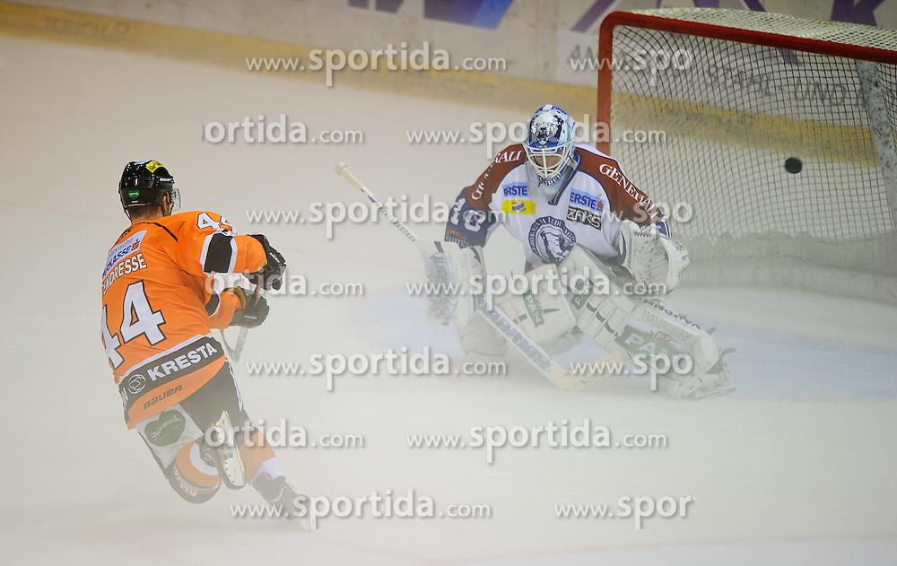 05.10.2012, Eisstadion Liebenau, Graz, AUT, EBEL, Graz 99ers vs KHL Medvescak Zagreb, 9. Runde, im Bild Olivier Latendresse, (99ers, #44) trifft den spielentscheidenden Penalty // during the Erste Bank Icehockey League 9th Round match betweeen Graz 99ers and KHL Medvescak Zagreb at the Icehockey Stadium Liebenau, Graz, Austria on 2012/10/05. EXPA Pictures © 2012, PhotoCredit: EXPA/ S. Zangrando