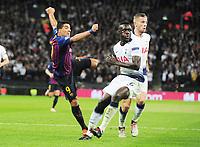 Football - 2018 / 2019 UEFA Champions League - Group B: Tottenham Hotspur vs. Barcelona<br /> <br /> Luis Suarez of Barcelona with Toby Alderweireld oand Davinson Sanchez of Tottenham, at Wembley Stadium.<br /> <br /> COLORSPORT/ANDREW COWIE
