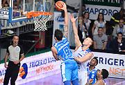 DESCRIZIONE : Cantu' Lega A 2015-16 Acqua Vitasnella Cantu' - Dinamo Banco di Sardegna Sassari<br /> GIOCATORE : Joe Alexander<br /> CATEGORIA : schiacciata<br /> SQUADRA : Dinamo Banco di Sardegna Sassari<br /> EVENTO : Campionato Lega A 2015-2016 GARA : Acqua Vitasnella Cantu' - Dinamo Banco di Sardegna Sassari <br /> DATA : 12/10/2015 <br /> SPORT : Pallacanestro <br /> AUTORE : Agenzia Ciamillo-Castoria/R.Morgano<br /> Galleria : Lega Basket A 2015-2016 Fotonotizia : Cantu' Lega A 2015-16 Acqua Vitasnella Cantu' - Dinamo Banco di Sardegna Sassari