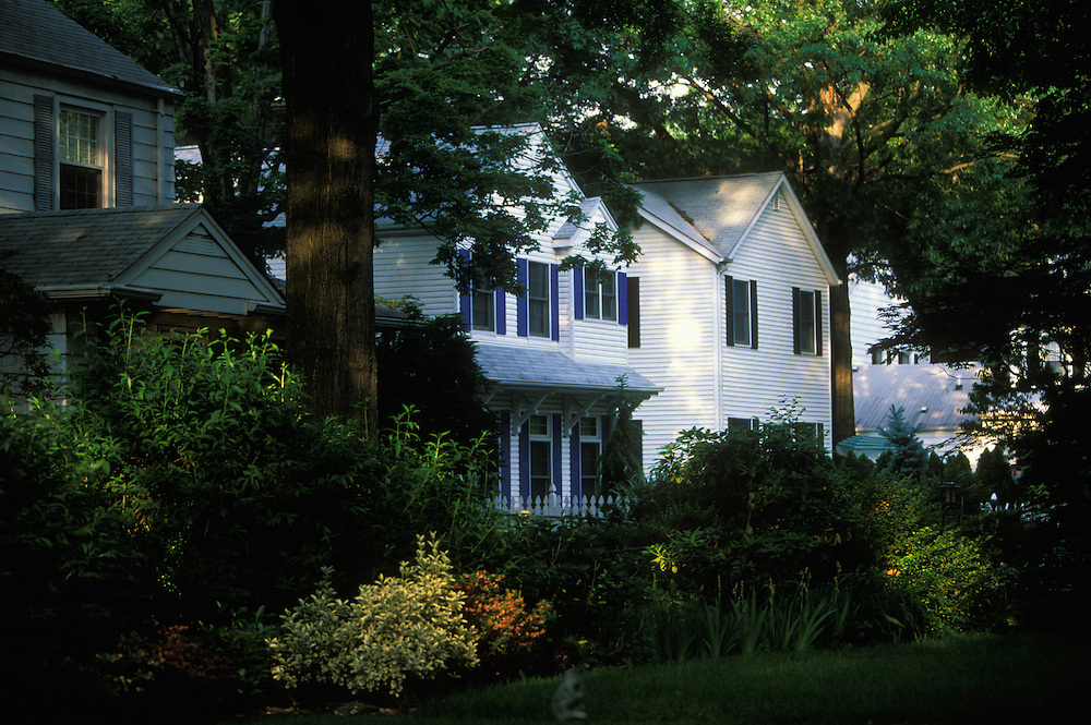 Family houses in Radburn, a district in Fair Lawn, New Jersey, USA, and one of America's first planned communities. One third of the population of Fair Lawn are Jewish.