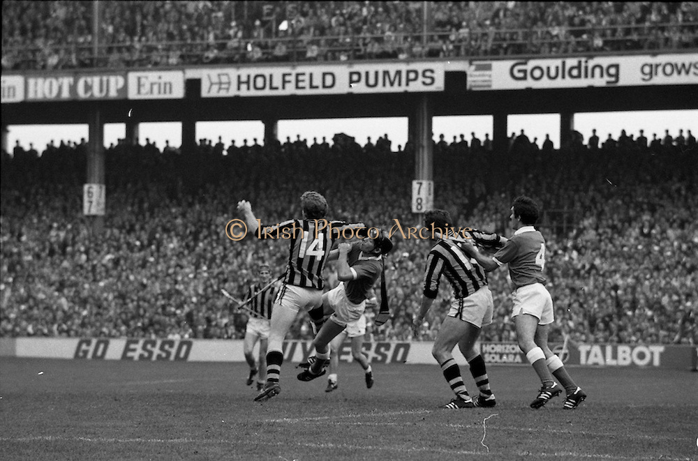05/09/1982<br /> 09/05/1982<br /> 5 September 1982<br /> All-Ireland Hurling Final: Cork v Kilkenny at Croke Park, Dublin. <br /> The ball slips past Cork goalie, Ger Cunningham, to register Kilkenny's second goal from Christy Heffernan.