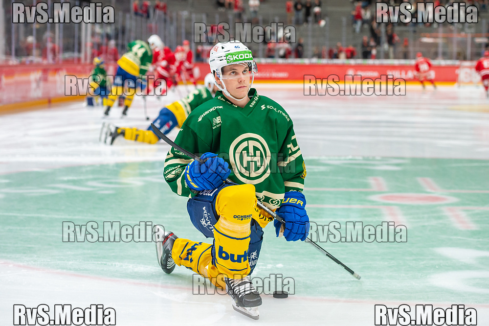 LAUSANNE, SWITZERLAND - SEPTEMBER 24: Dominik Egli #46 of HC Davos warms up prior the Swiss National League game between Lausanne HC and HC Davos at Vaudoise Arena on September 24, 2021 in Lausanne, Switzerland. (Photo by Monika Majer/RvS.Media)