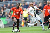 FOOTBALL - FRENCH CHAMPIONSHIP 2009/2010 - L1 - STADE RENNAIS v FC SOCHAUX - 2/05/2010 - PHOTO PASCAL ALLEE / DPPI - ISMAEL BANGOURA (REN) / CARLAO (SOC)