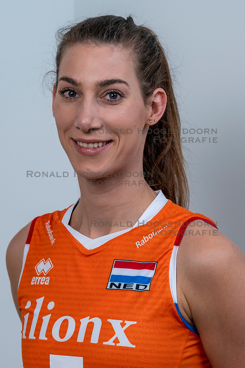 28-12-2019 NED: Team photo Volleyball women, Arnhem<br /> Volleyball women photoshoot before the final training when they leave for Olympic Qualification Tournament / Robin de Kruijf #5 of Netherlands