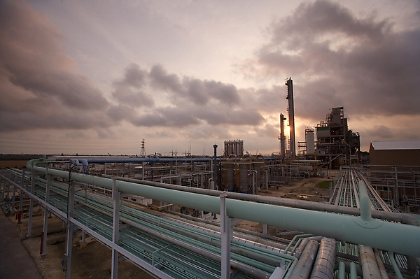 Stock photo of a refinery at dusk