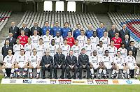 Fotball<br /> Oppkjøring til sesongen i Frankrike 2003/2004<br /> Lyon<br /> <br /> NORWAY ONLY<br /> <br /> FOOTBALL - FRENCH CHAMPIONSHIP L1 - 2003/2004 - OLYMPIQUE LYONNAIS PRESENTATION - LYON TEAM<br /> <br /> FIRST ROW : YOHAN GOMEZ / BRYAN BERGOUGNOUX / PHILIPPE VIOLEAU / ROGER MICHAUX (HONNEUR PDT) / PAUL LE GUEN (COACH) / JEAN MICHEL AULAS (PDT) / YVES COLLEU (COACH ASSIST) / SYDNEY GOVOU / PEGGUY LUYINDULA / ERIC CARRIERE / GAEL GENEVIER . <br /> <br /> SECOND ROW : BERNARD LACOMBE (SPORT CONSULTANT) / JEREMIE BERTHOD / PATRICK MULLER / ANTHONY REVEILLERE / MICKAEL ESSIEN / JUNINHO / JULIEN VIALE / JEREMIE BRECHET / FLORENT MALOUDA / ERIC DEFLANDRE / VIKASH DHORASOO / REMI GARDE (STAFF) . <br /> <br /> THIRD ROW : CHRISTOPHE COMPARAT (MANAGIORAL COMITY) / REMY VERCOUTRE / ROMAIN SARTRE / EDMILSON / CLAUDIO CACAPA / GREGORY COUPET / CHRISTOPHE DELMOTTE / MAHAMADOU DIARRA / FRANCOIS CLERC / NICOLAS PUYDEBOIS / GILBERT GIORGI (MANAGIORAL COMITY) . <br /> <br /> FOURTH ROW : BERNARD MOYEN (MANAGIORAL COMITY) / JACQUES MATAGRIN (MANAGIORAL COMITY) / JEAN CLAUDE MOREL (GESTION) / PATRICK PERRET (KINE) / ABDELJELIL REDISSI (KINE) / JOEL BATS (GOAL KEEPER COACH) / ROBERT DUVERNE (PHYSICAL COACH) / JEAN JACQUES AMPRINO (DOCTOR) / GUY GENET (PHYSICAL COACH) / JEAN PAUL REVILLON (MANAGIORAL COMITY) / SERGE MANOUKIAN (MANAGIARAL COMITY) <br /> <br /> PHOTO JEAN-MARIE HERVIO / FLASH PRESS