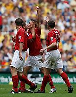 Photo: Steve Bond/Richard Lane Photography. <br />Ebbsfleet United v Torquay United. The FA Carlsberg Trophy Final. 10/05/2008. Chris McFee (C) is congratulated